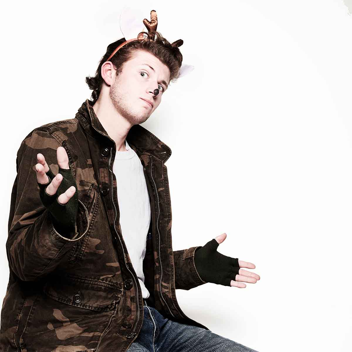 Sam Deans as Dasher in The 8: The Reindeer Monologues