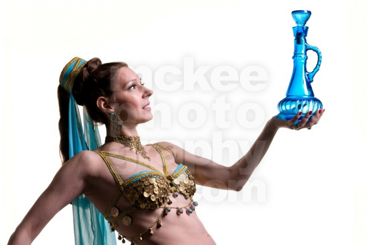 I Dream of Genie in a Bottle -Jeannie? is that you?
