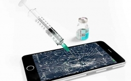 Mobile Device Virus Stock Photos