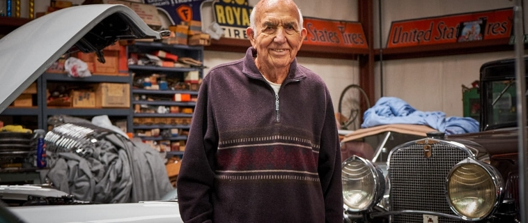 Holcomb's Used Cars – An Editorial Project